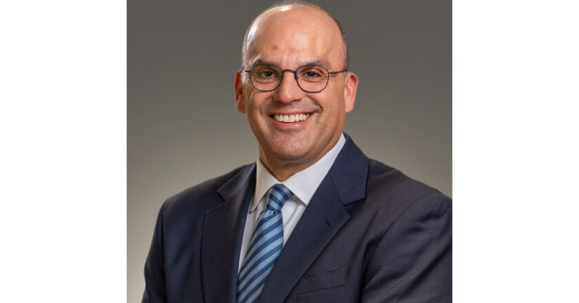 David B Sewell, Sherwin-Williams President And COO, Resigns
